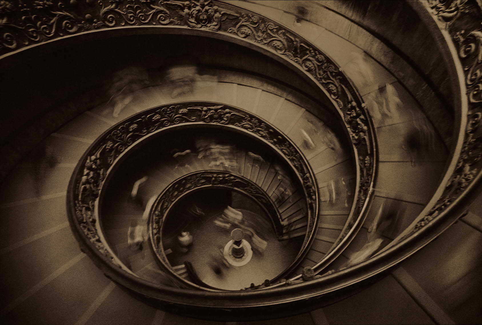 SpiralStaircase SharpEdge 07